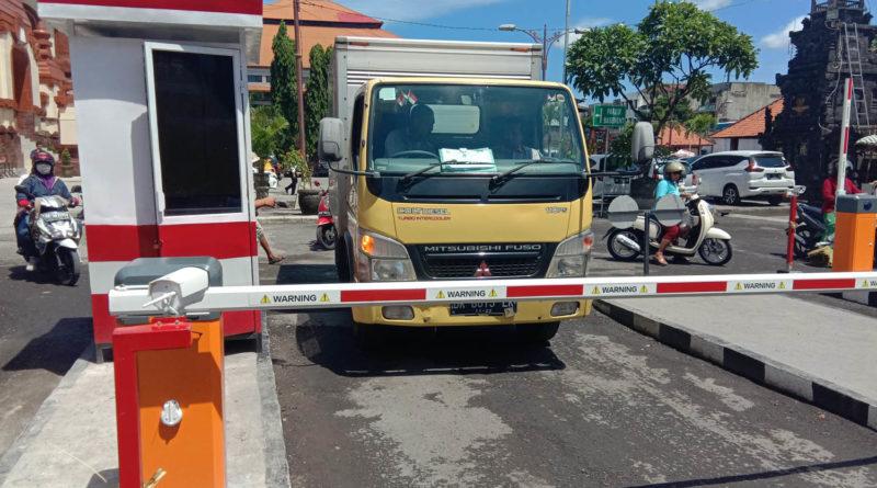 Sistem Parkir Manless atau e-Parkir Diterapkan di Pasar Badung Denpasar Bali